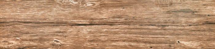 Vieux long panneau noué du plan rapproché en bois photos stock