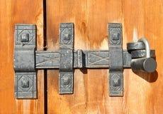 Vieux loquet de trappe image stock