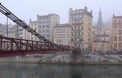 Vieux Lyon dans le brouillard Image libre de droits