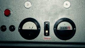 Vieux mètre d'ampérage clips vidéos