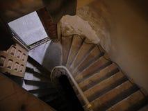 Vieux manoir avec l'escalier en bois 01 Image stock