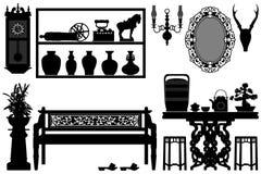 Vieux meubles traditionnels antiques Images stock
