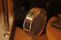 Vieux microphone photo libre de droits
