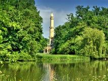 Vieux minaret blanc Images libres de droits