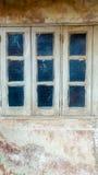 Vieux modèle de fond de fenêtre image libre de droits