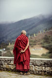 Vieux moine au Népal Photographie stock libre de droits