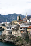 Vieux Mostar près de la rivière de Neretva Photos stock
