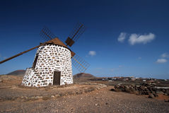 Vieux moulin à vent dans Villaverde, Fuerteventura Images stock
