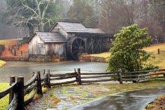 Vieux moulin de blé à moudre Image libre de droits