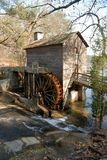 Vieux moulin en pierre Photos stock