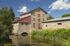 Vieux moulin en pierre historique photos libres de droits