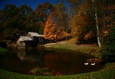 Vieux moulin sur la route express bleue de Ridge Image libre de droits