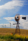 Vieux moulins à vent pour neuf Photographie stock