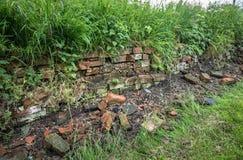 Vieux mur cassé Photos libres de droits
