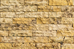 Vieux mur de briques jaune-beige de couleur Photographie stock