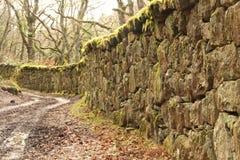 Vieux mur de pierres sèches Image stock