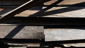 Vieux mur en bois cassé Image libre de droits