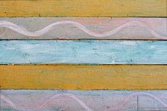 Vieux mur en bois coloré avec le modèle Photographie stock