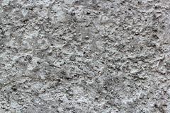 Vieux mur en pierre abandonné avec le plâtre et la pierre Images libres de droits
