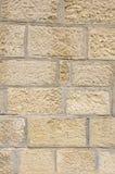 Vieux mur en pierre avec la fugue de ciment Images stock