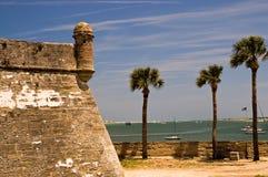 Vieux mur et tourelle de fort Photos stock