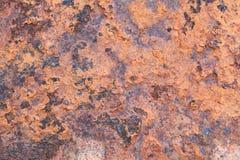 Vieux mur extérieur en métal rouillé Photos stock
