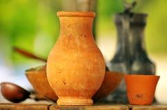 Vieux objets en céramique Photos stock