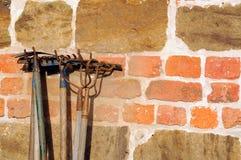 Vieux outils de jardinage Photo stock