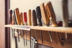 Vieux outils de travail du bois Images stock