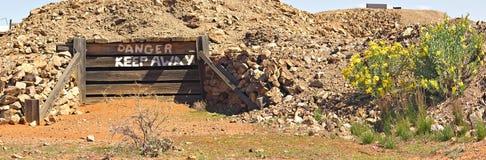 Vieux panorama d'entrée de mine Photo stock