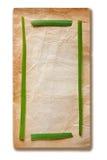 Vieux papier et trame verte Image libre de droits