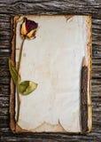 Vieux papier pour le mot. Photos libres de droits