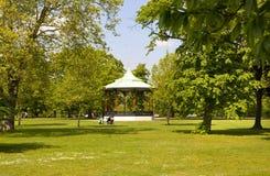 Vieux parc anglais au sud de Londres Photographie stock