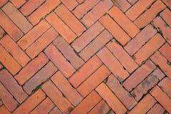 Vieux passage couvert de brique de vintage pour la texture ou le fond image libre de droits