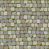 Vieux pavés avec de la mousse et le gazon Modèle sans couture de texture de route mur de la pierre, rue pavée en cailloutis avec  Image libre de droits