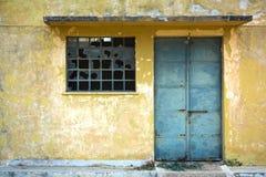 Vieux petit entrepôt Photographie stock