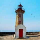 Vieux phare à Porto, Portugal Photos stock
