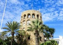 Vieux phare dans la marina Puerto Banus, Marbella, Espagne Photo stock