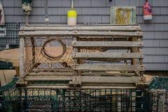 Vieux piège en bois de homard photo stock