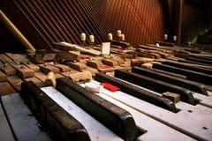 Vieux piano cassé Photo libre de droits