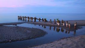Vieux pilier sur le lac Ontario Photo stock