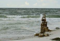 Vieux piliers de ciment Photos libres de droits