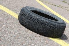 Vieux pneu Image libre de droits