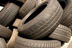 Vieux pneu Photo stock