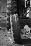 Vieux pneu Photo libre de droits