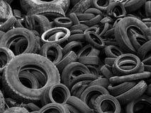 Vieux pneus Images stock