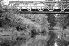 Vieux pont de chemin de fer images libres de droits