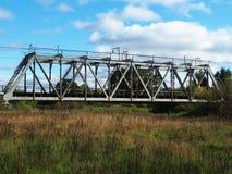 Vieux pont de chemin de fer, d?tails et plan rapproch? Pont centenaire pour des trains photo libre de droits