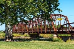 Vieux pont en métal Image stock