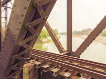 Vieux pont en train photographie stock